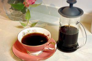 身体にやさしい、ハーバルコーヒーのある暮らし/フレンチプレス編